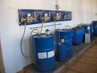 Härterversorgung mit Faltenbalg - Kolbenpumpen